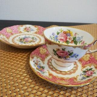ロイヤルアルバート(ROYAL ALBERT)のティーカップ&ソーサー&ケーキ皿(グラス/カップ)