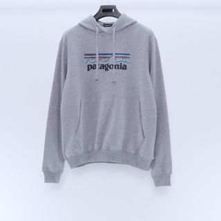 パタゴニア(patagonia)の新品 Patagonia フード付き Lサイズ  グレー(パーカー)
