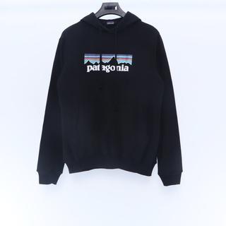 パタゴニア(patagonia)の新品 Patagonia フード付き Lサイズ  ブラック(パーカー)