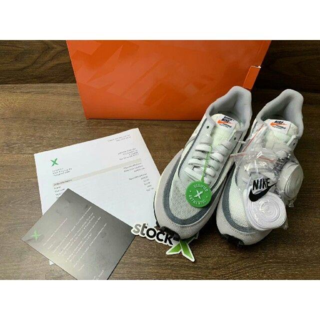 Nike LDWAFFLE white sacai 23.5CM(スニーカー)