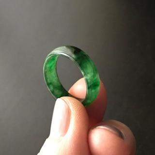 翡翠 ろうかん色 指輪(約16号)おまけ付き(リング(指輪))
