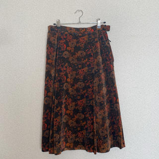 サンタモニカ(Santa Monica)の古着 スカート 膝丈スカート(ひざ丈スカート)
