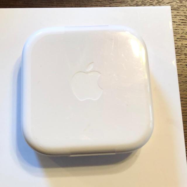 Apple(アップル)の新品 アップル純正 イヤホン iPhone 5.6 用 スマホ/家電/カメラのオーディオ機器(ヘッドフォン/イヤフォン)の商品写真