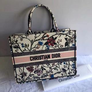 Christian Dior - クリスチャン ディオール ブックトートバッグ 花柄