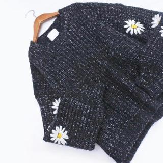 カワイイ(cawaii)のcawaii マーガレットお袖のニット(ニット/セーター)