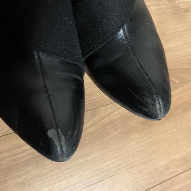 Nuovo(ヌォーボ)のNUOVO ベルトデザイン ショートブーツ ブーティ ブラック M レディースの靴/シューズ(ブーティ)の商品写真