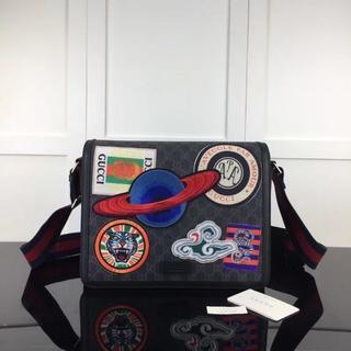 Gucci - 【トレンド】刺繍  メッセンジャーバッグ  ショルダーバッグ