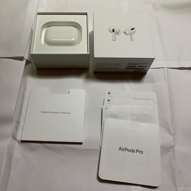 Apple(アップル)のapple Airpods pro  スマホ/家電/カメラのオーディオ機器(ヘッドフォン/イヤフォン)の商品写真