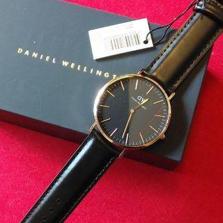ダニエルウェリントン(Daniel Wellington)の未使用♠ダニエルウェリントン 40mmローズゴールドDW127(腕時計(アナログ))