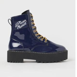 H&M - h&m トイストーリー ブーツ 靴 パテントブーツ 厚底 フェイクレザー