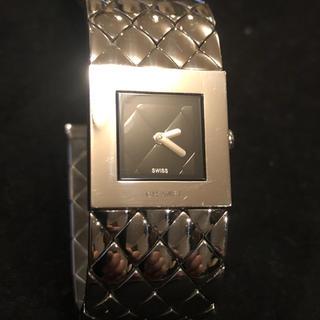 CHANEL - シャネル  レディース腕時計 マトラッセ Qz ss シルバー黒文字盤