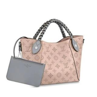 LOUIS VUITTON - ルイヴィトン Louis Vuitton ヒナ PM バッグ