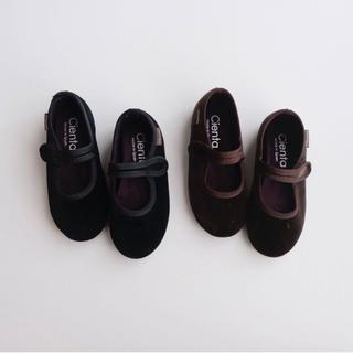 キャラメルベビー&チャイルド(Caramel baby&child )のcienta シエンタ ベロア ワンストラップバレエシューズ BLACK 28(フラットシューズ)
