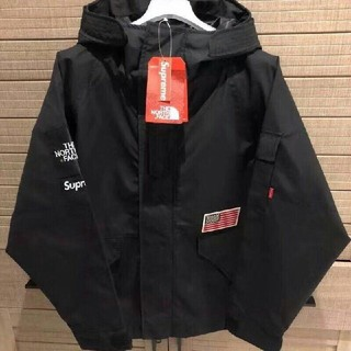 SUPREME  THE  NORTH  FACE  JACKET