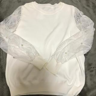 カワイイ(cawaii)のcawaiiお袖チュールレースとパールつきニット 完売ホワイト(ニット/セーター)