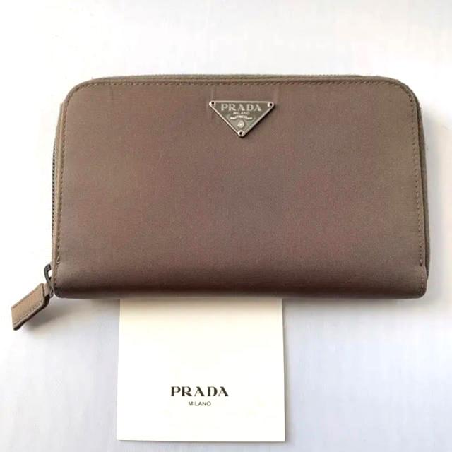 PRADA(プラダ)のプラダ 財布 レディースのファッション小物(財布)の商品写真