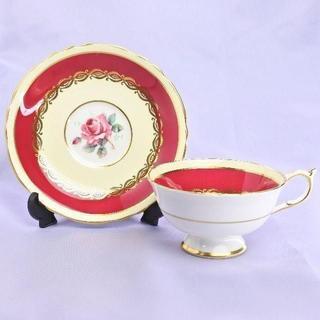 ウェッジウッド(WEDGWOOD)の★美品★パラゴン 英国製 朱色金彩模様 1950's 薔薇 カップ&ソーサー(グラス/カップ)