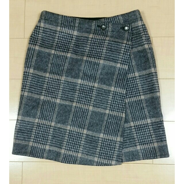 IENA(イエナ)のイエナ リバーシブルスカート Wフェイススカート レディースのスカート(ひざ丈スカート)の商品写真