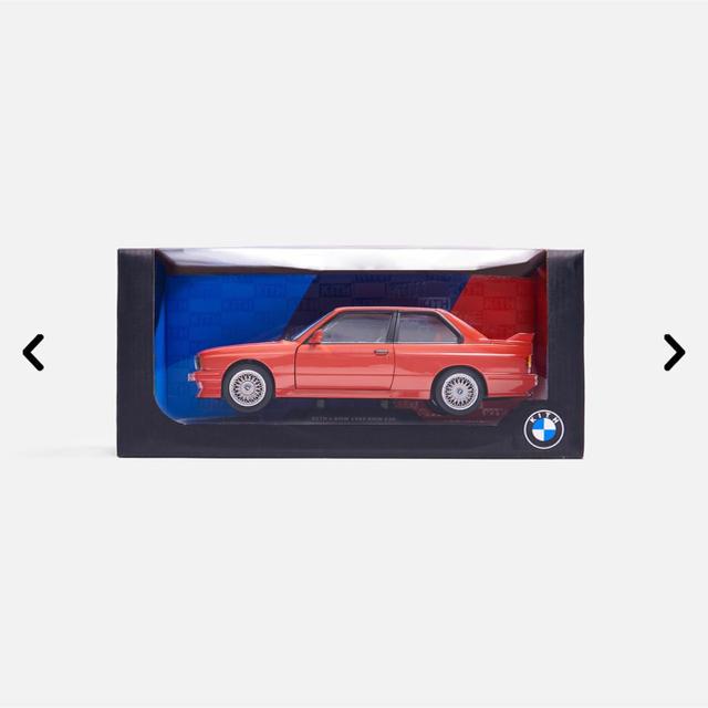 BMW(ビーエムダブリュー)のKith for BMW M3 E30 Diecast Replica-Red エンタメ/ホビーのおもちゃ/ぬいぐるみ(ミニカー)の商品写真