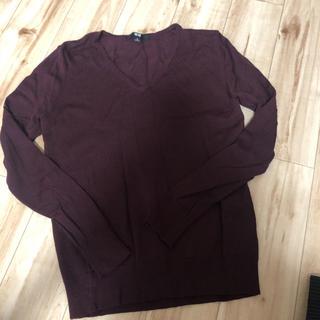 UNIQLO - Vネックセーター