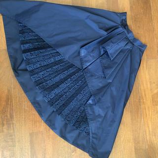 バーニーズニューヨーク(BARNEYS NEW YORK)の週末値下SHE TOKYO バックレースススカート 34 シートウキョウ(ロングスカート)