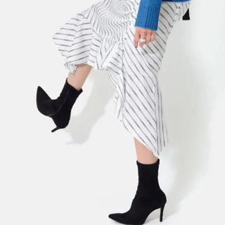 マミアン(MAMIAN)のMAMIAN ポインテッドトゥ ストレッチブーツ (9.0cmヒール)(ブーツ)