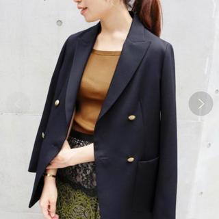 イエナ(IENA)の美品イエナ ダブルブレストジャケットテーラードジャケット ネイビー紺(テーラードジャケット)