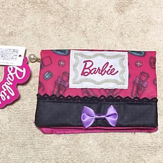バービー(Barbie)の新品 タグ付き❤️Barbie 小物入れ付きティッシュポーチ(ポーチ)