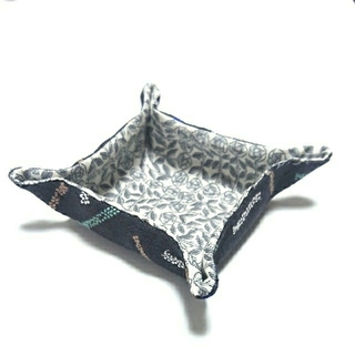 ミナペルホネン(mina perhonen)のミナペルホネン×リバティ  ハンドメイド 小物入れc(雑貨)