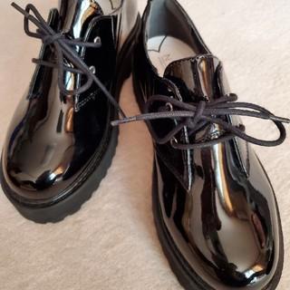ヌォーボ(Nuovo)のNUOVO エナメル ローカットローファー ギブソンシューズ(ローファー/革靴)