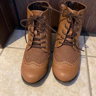 秋冬 ショートブーツ 22.0 美品(ブーツ)