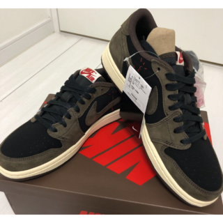 NIKE x TRAVIS SCOTT AIR JORDAN 1 LOW 28(スニーカー)
