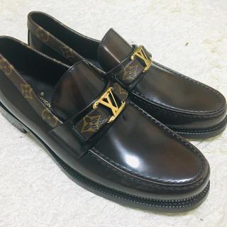 LOUIS VUITTON - ルイヴィトン メジャーラインローファー メンズ革靴 Louis Vuitto