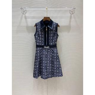 LOUIS VUITTON - Louis Vuitton スリーブレス ベルテッド ドレス