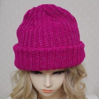 エルディーエス(LDS)のLDS ラメニット帽★ピンク★ラメが織り込まれたピンクのニット帽(ニット帽/ビーニー)