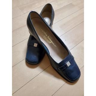 サルヴァトーレフェラガモ(Salvatore Ferragamo)のFerragamo//フェラガモ ローファー 24cm  大変綺麗(ローファー/革靴)