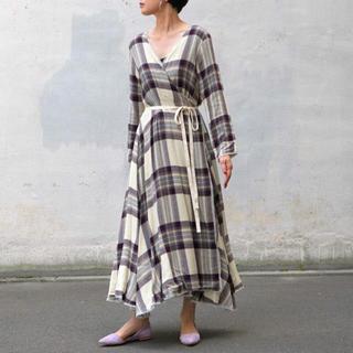 ジャーナルスタンダード(JOURNAL STANDARD)のUhr ウーアLayered Wrap Dress(ロングワンピース/マキシワンピース)