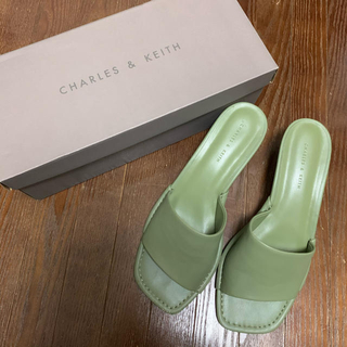 Charles and Keith - CHARLES&KEITH ミュール
