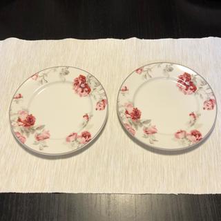 ローラアシュレイ(LAURA ASHLEY)のLAURA ASHLEY ローラアシュレイ 花柄プレート お皿 2枚SET(食器)