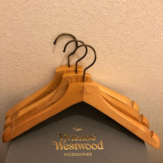 Vivienne Westwood - 木製ハンガー 3本セット