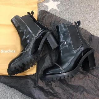 アクネ(ACNE)のacne studios アクネ ストゥディオズ ブーツ ブラック(ブーツ)