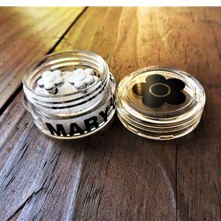 MARY QUANT - 美品マリークワント デイジーピアス(ホワイト)ケース付き