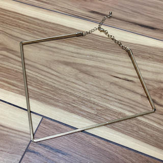 エイチアンドエム(H&M)の【10月末まで限定価格】H&M スクエアゴールドネックレス(ネックレス)
