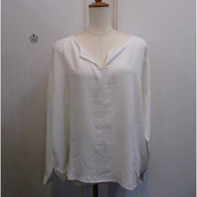 Ungrid(アングリッド)のとろみシャツがお洒落に見せてくれる‼︎アングリッド タックスプルオーバーブラウス レディースのトップス(シャツ/ブラウス(長袖/七分))の商品写真