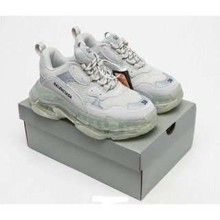 Balenciaga - Balenciaga Triple S Light grey