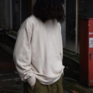 コモリ(COMOLI)のSuvin Cotton Sweat Shirt ベージュ(スウェット)