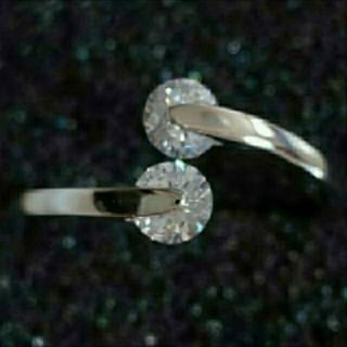 SWAROVSKI - f28🌸アルメリア🌸0.25㌌ ダイヤモンドキュービックジルコニア リング
