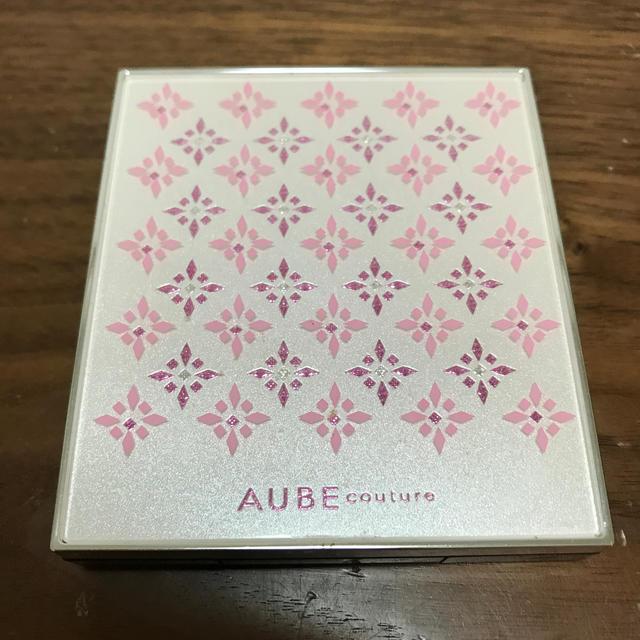 AUBE couture(オーブクチュール)のAUBE アイシャドウ ピンク系 コスメ/美容のベースメイク/化粧品(アイシャドウ)の商品写真