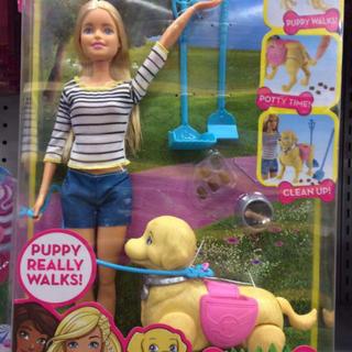 バービー(Barbie)のバービー フィギュア 犬 potty pup バービー人形 ドッグ お散歩 (キャラクターグッズ)