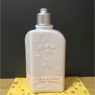 ロクシタン(L'OCCITANE)のロクシタンボディミルク(ボディ用乳液)チェリーブロッサム(ボディクリーム)